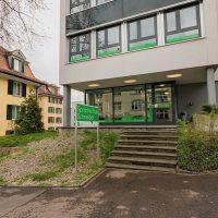 Eingang der Sprachschule Schneider in Zürich